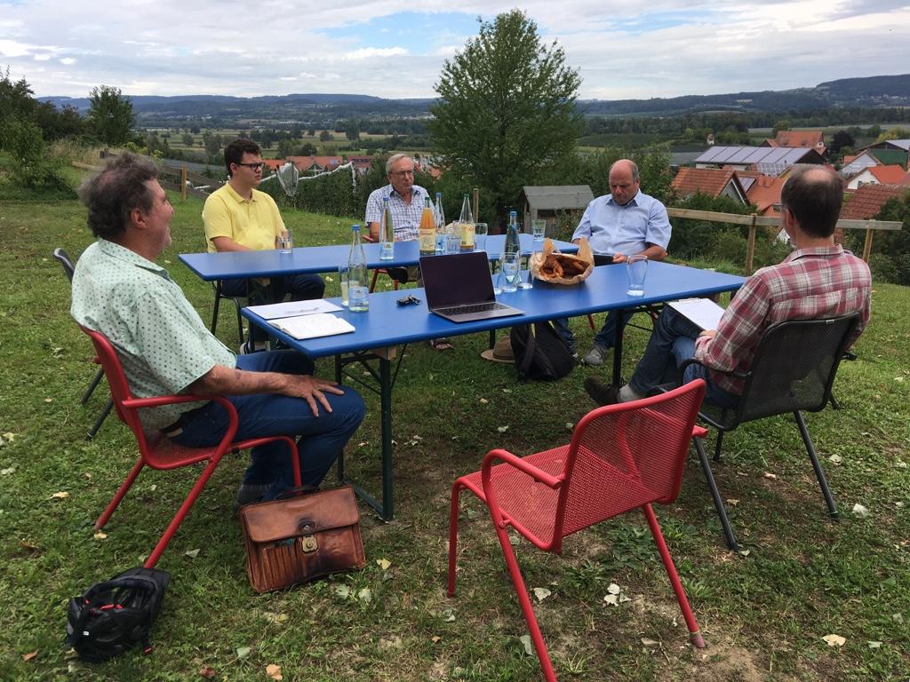 Martin Hahn im Gespräch mit der Umweltgruppe Markdorf